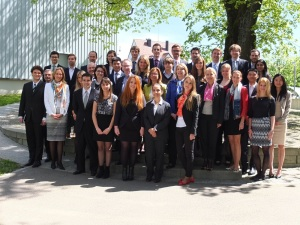 Students, lecturers and company representatives of St Gallen Institute of Management 2015